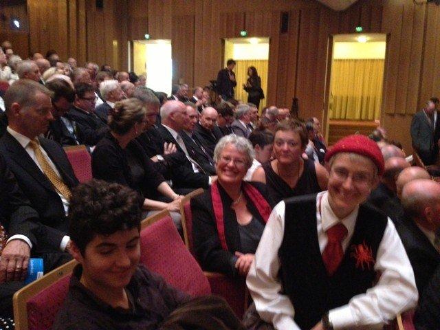 Zahlreiche Lesben nahmen auf Initiative des Lesbenring e.V. an der Gedenkfeier teil